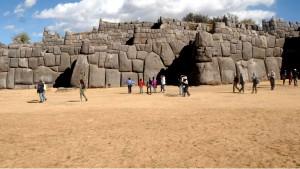 gigantic walls at sacsayhuaman inca temple